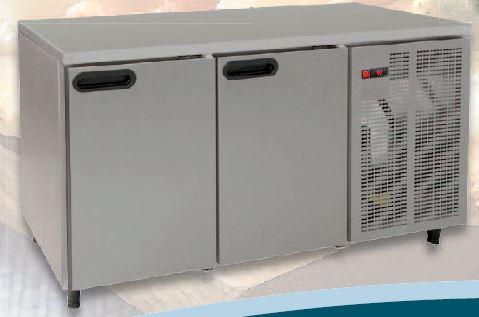 Bancada refrigerada simples inox, tampo liso ou com aba, Linhas de 60,70 ou 80 cm de profundidade de 2 a 5 portas,grupo frigorífico incorporado,