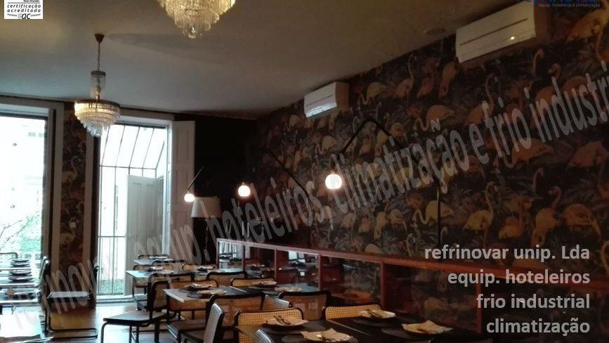 Sala de refeições climatizada com sistema multi-split de Ar Condicionado