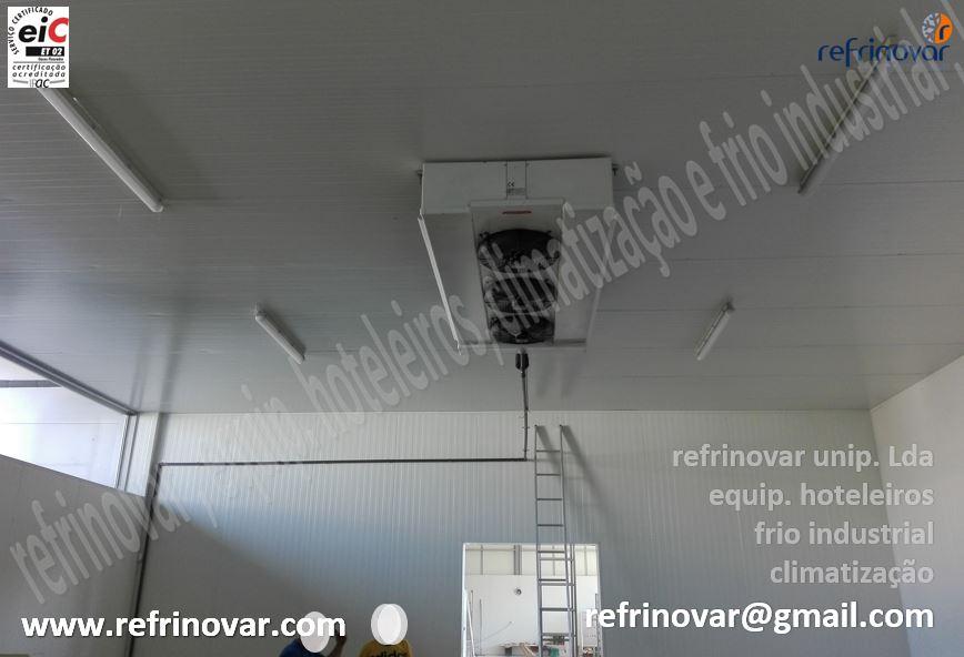 Sala de climatizados para preparação de massas