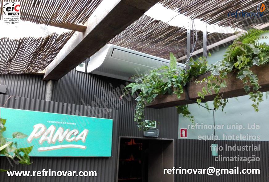 Ar Condicionado de tecto de grande rendimento para espaço com tecto totalmente em vidro com efeito jardim